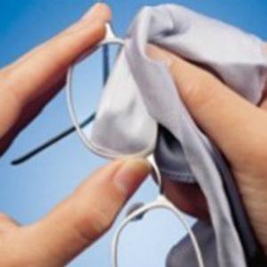 bril poetsen